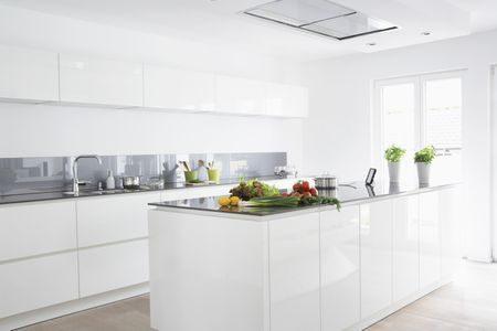 Cocinas más estilosas con protectores de vidrio pintado contra salpicaduras