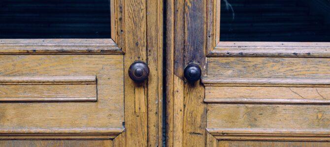 Los tipos y mecanismos de puertas correderas